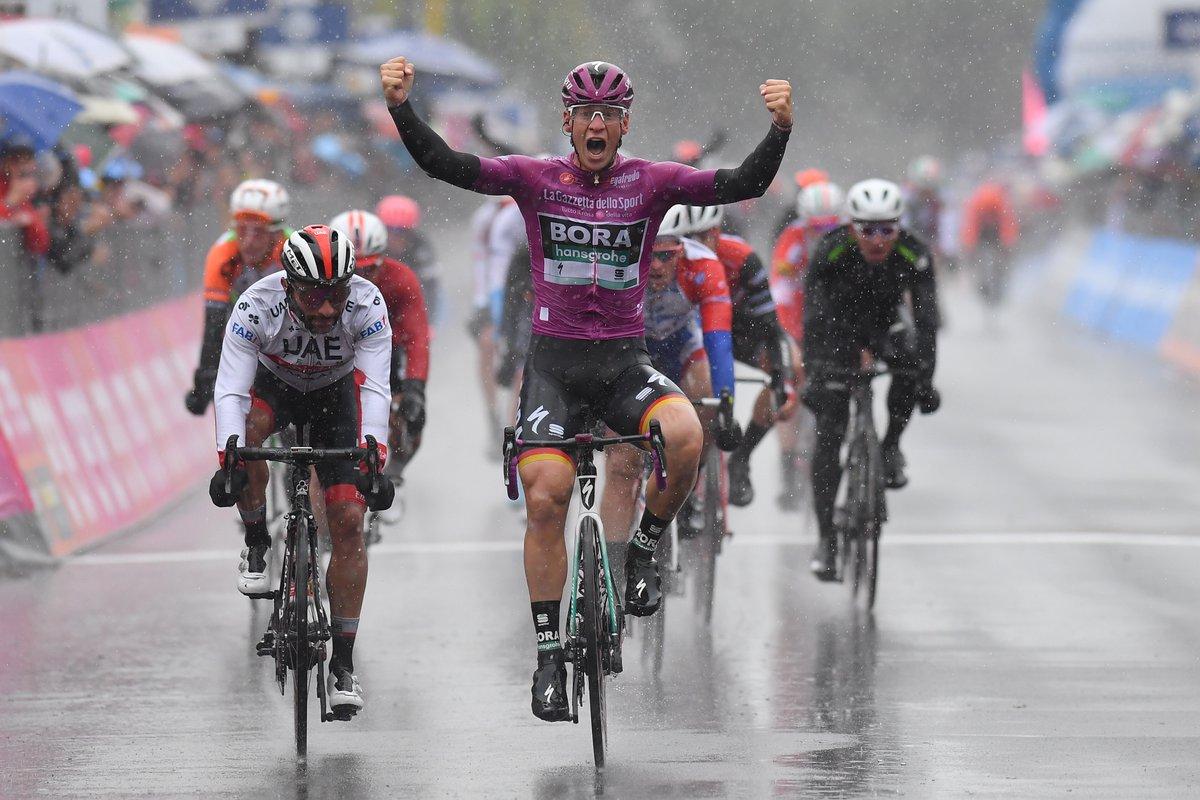 Tour d'Italie - Fernando Gaviria : 'J'ai lancé trop tôt'