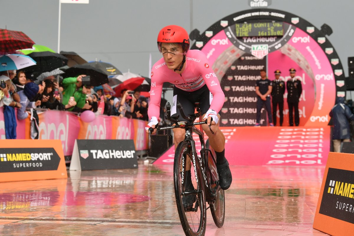 Tour d'Italie - Valerio Conti : 'Ravi de profiter du maillot'