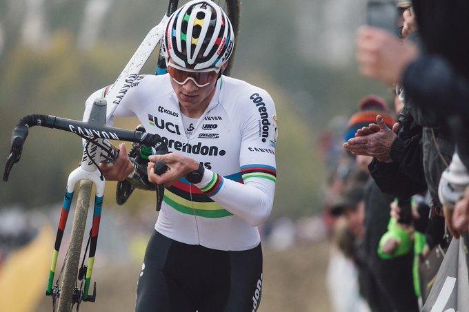 Cyclo-cross - Van der Poel signe sa 35e victoire consécutive