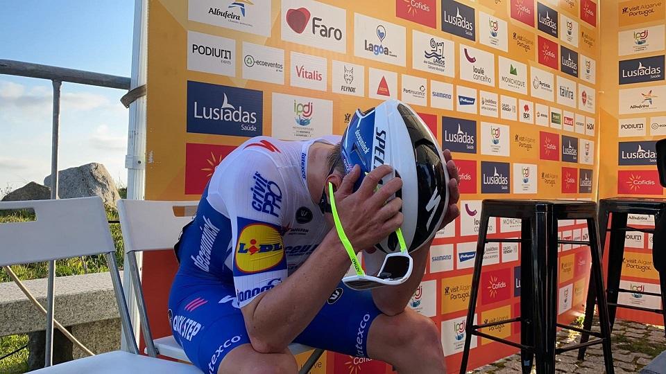 Tour de l'Algarve - Evenepoel : 'Cette victoire est pour Nikolas Maes'