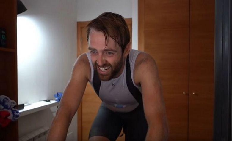 Route - Alex Dowsett donne ses bons conseils aux jeunes coureurs