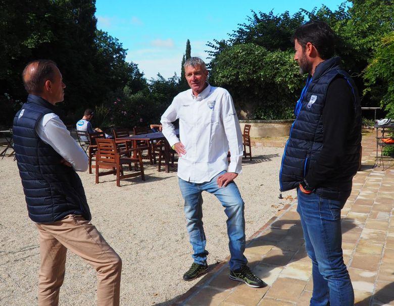Route - Sean Yates entraîneur de l'équipe NIPPO DELKO One Provence