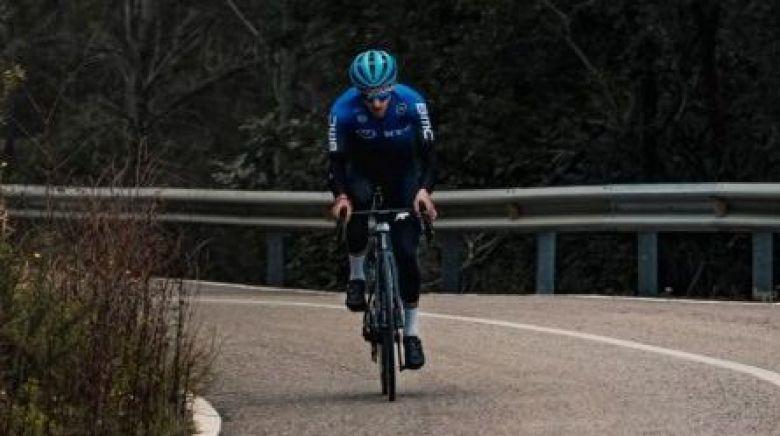 Route - La Vuelta et les Ardennaises au programme de Carlos Barbero