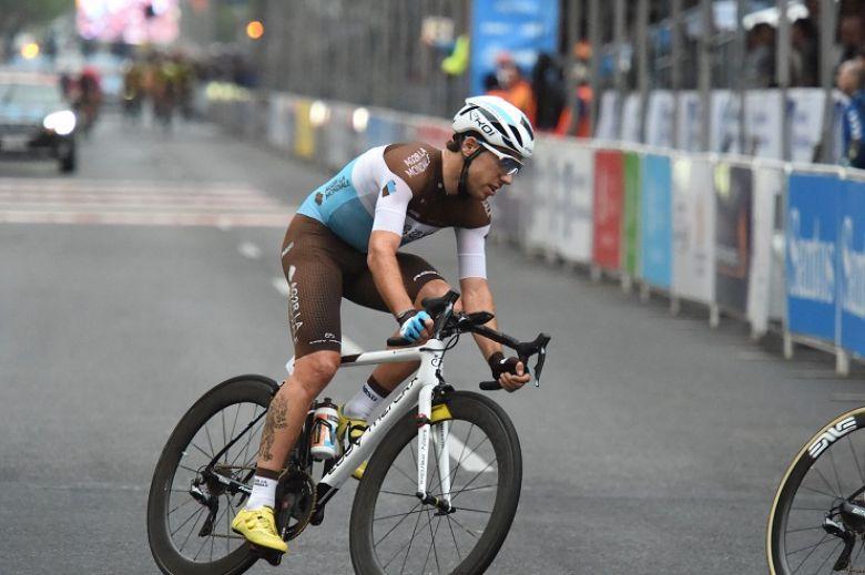 Route - Axel Domont : «Retrouver un très bon niveau rapidement»