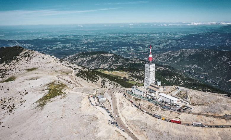 Mont Ventoux Challenges - LIVE VIDEO Le Mont Ventoux Challenges