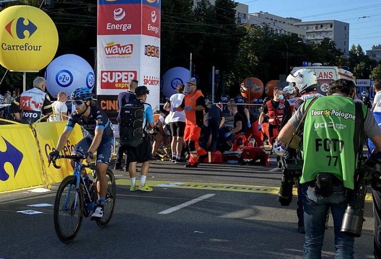 Tour de Pologne - Une terrible chute de Jakobsen conclut la 1ère étape