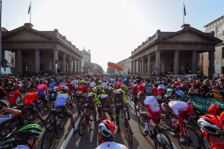 Cyclisme. Tour de Lombardie : la terrible chute d'Evenepoel [Vidéo]