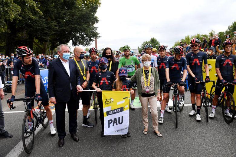 Tour de France - L'hommage émouvant du Tour à Nicolas Portal à Pau