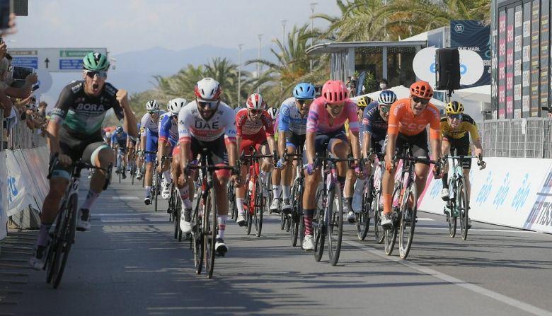 Tirreno-Adriatico - Folle remontée de Pascal Ackermann, Gaviria 2e