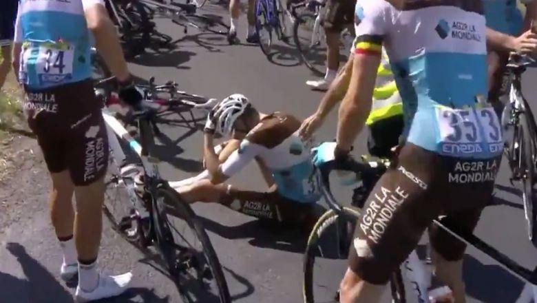Tour de France - Romain Bardet à terre, Bauke Mollema abandonne !
