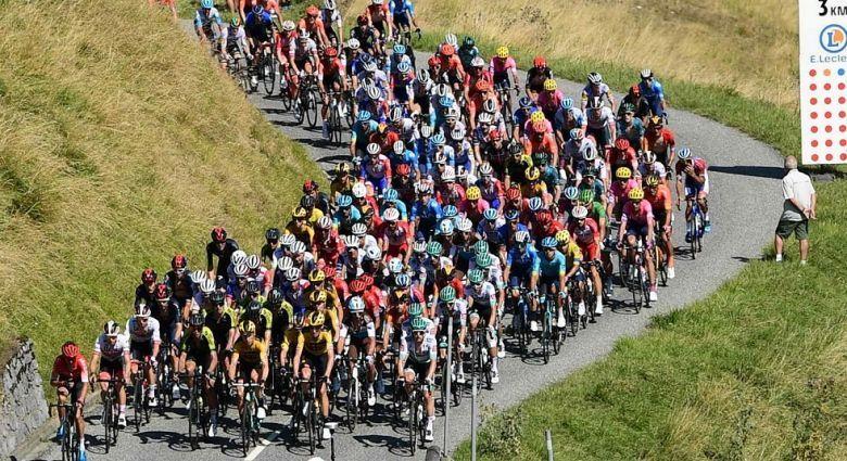 Tour de France - Le départ de la 19e étape se fera à huis clos
