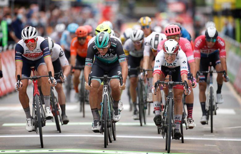 BinckBank Tour - Jasper Philipsen gagne devant Pedersen et Ackermann