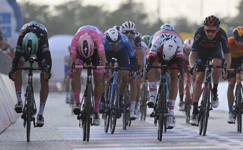 Tour d'Italie - Ulissi devance Almeida, la bonne opération de Démare