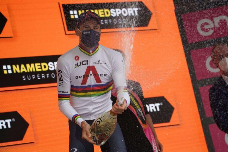 Tour d'Italie - Ganna : «Nous gagnons partout et sommes contents !»