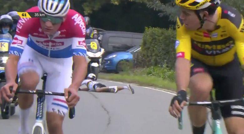 Tour des Flandres - Une moto, une chute.... Alaphilippe abandonne !