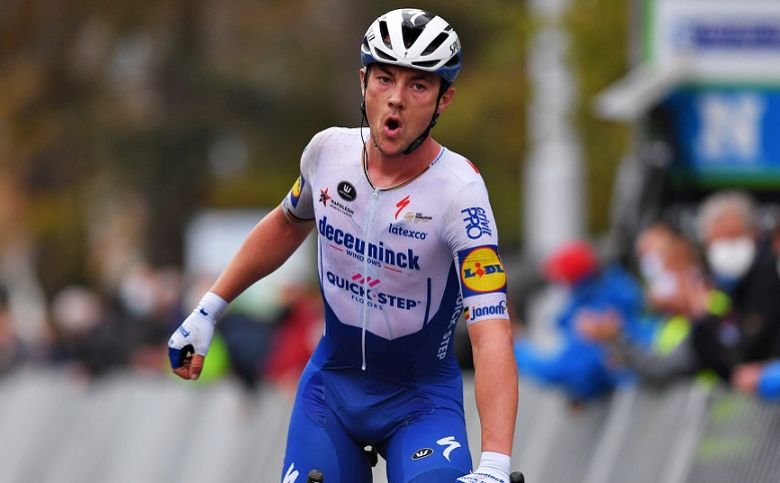 Bruges-La Panne - Yves Lampaert s'impose, van der Poel dans le fossé !