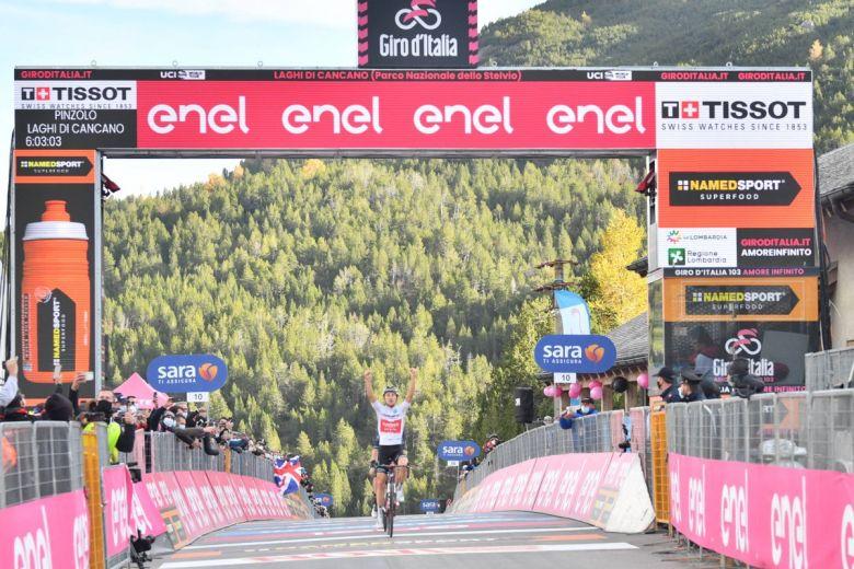 Tour d'Italie - Hindley l'étape, Kelderman en Rose, Almeida perd tout