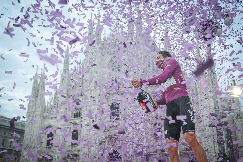 Tour d'Italie - Arnaud Démare, 14 bouquets : «Je réaliserai plus tard»