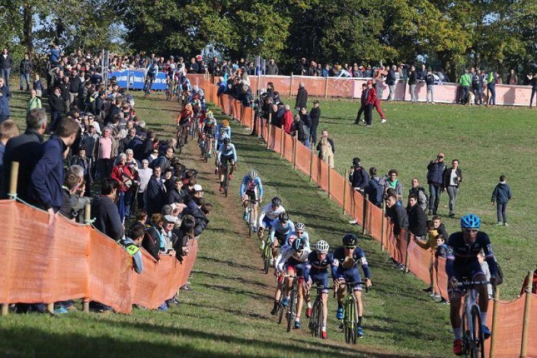 Route - La FFC suspend toutes les courses amateurs jusqu'au 2 décembre