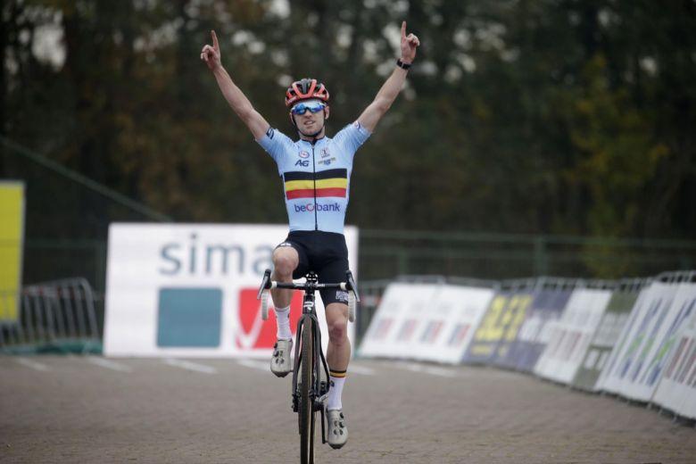 Cyclo-cross - Europe - Eli Iserbyt succède à Mathieu van der Poel !