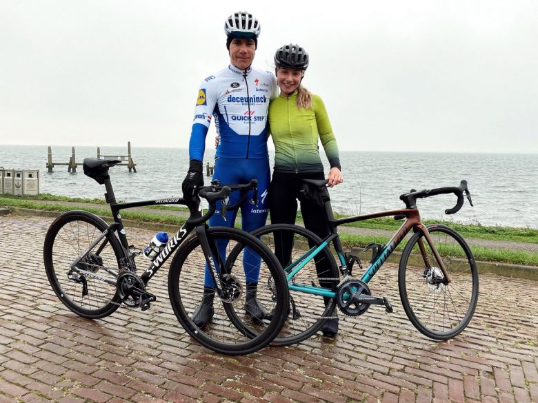 Route - 110 jours après sa chute, Jakobsen est remonté sur un vélo !