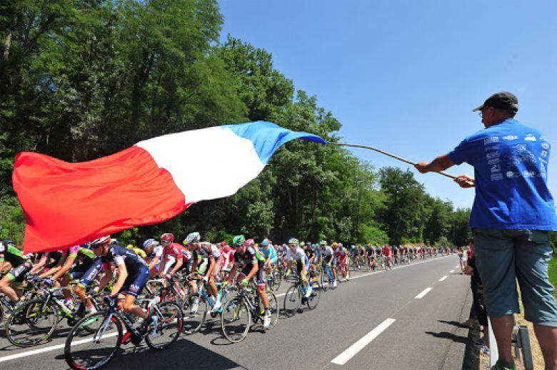 Tour de France - Un Tour de France «Bleu Blanc Rouge» en 2021 ?