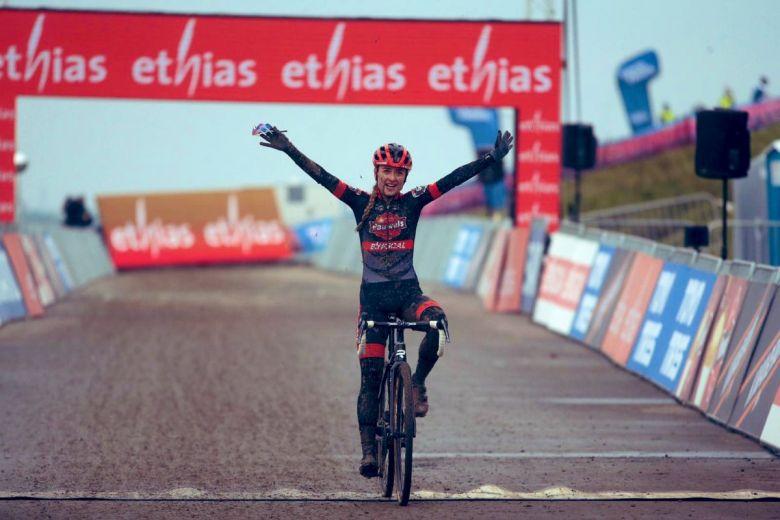Cyclo-cross - CDM - Betsema gagne à Hulst, Brand s'assure le général