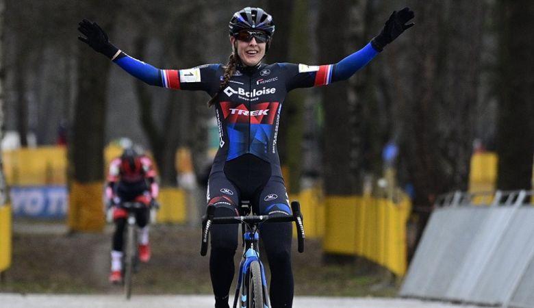 Cyclo-cross (F) - Lucinda Brand gagne le Zilvermeercross, Betsema 2e