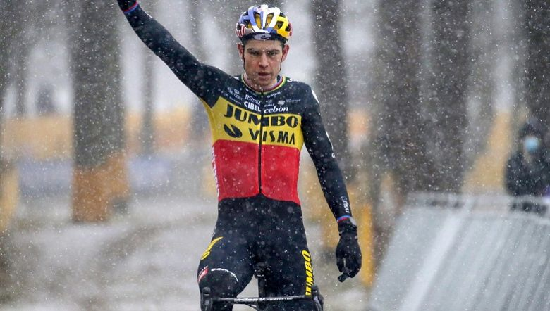 Cyclo-cross - Wout Van Aert remporte le Zilvermeercross, Sweeck 2e